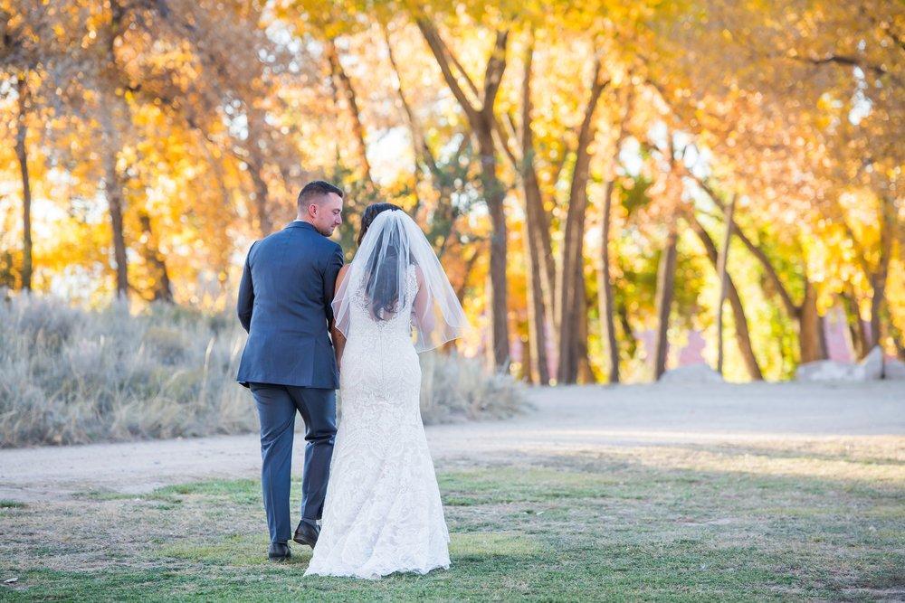 La-Mesita-Ranch-Wedding-Santa-Fe-New-Mexico-Fall-Outdoor-Ceremony-Under-Tree_48.jpg