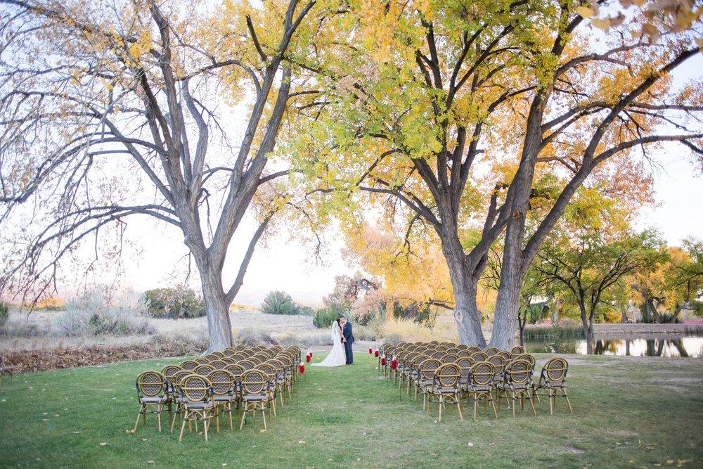 La-Mesita-Ranch-Wedding-Santa-Fe-New-Mexico-Fall-Outdoor-Ceremony-Under-Tree_64.jpg