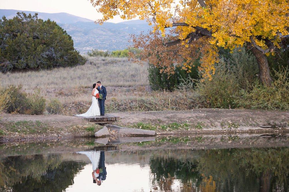 La-Mesita-Ranch-Wedding-Santa-Fe-New-Mexico-Fall-Outdoor-Ceremony-Under-Tree_71.jpg