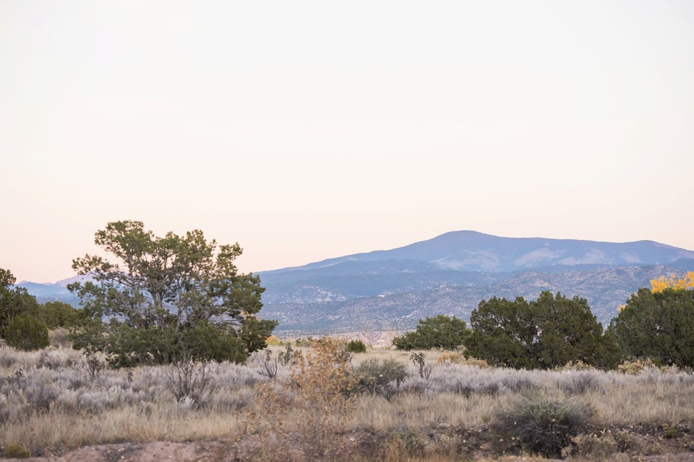 La-Mesita-Ranch-Wedding-Santa-Fe-New-Mexico-Fall-Outdoor-Ceremony-Under-Tree_72.jpg