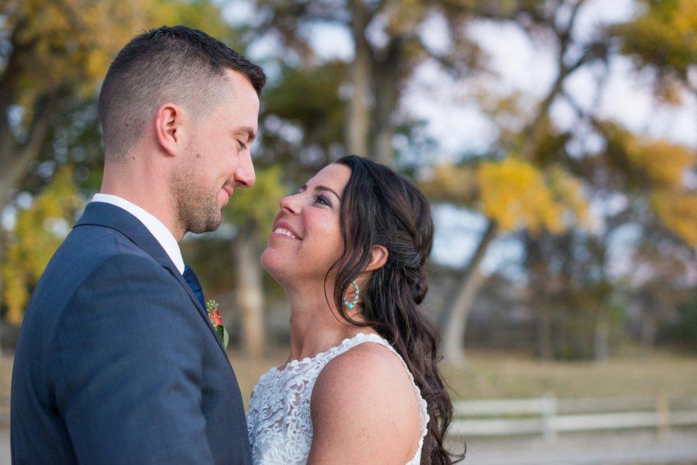 La-Mesita-Ranch-Wedding-Santa-Fe-New-Mexico-Fall-Outdoor-Ceremony-Under-Tree_76.jpg