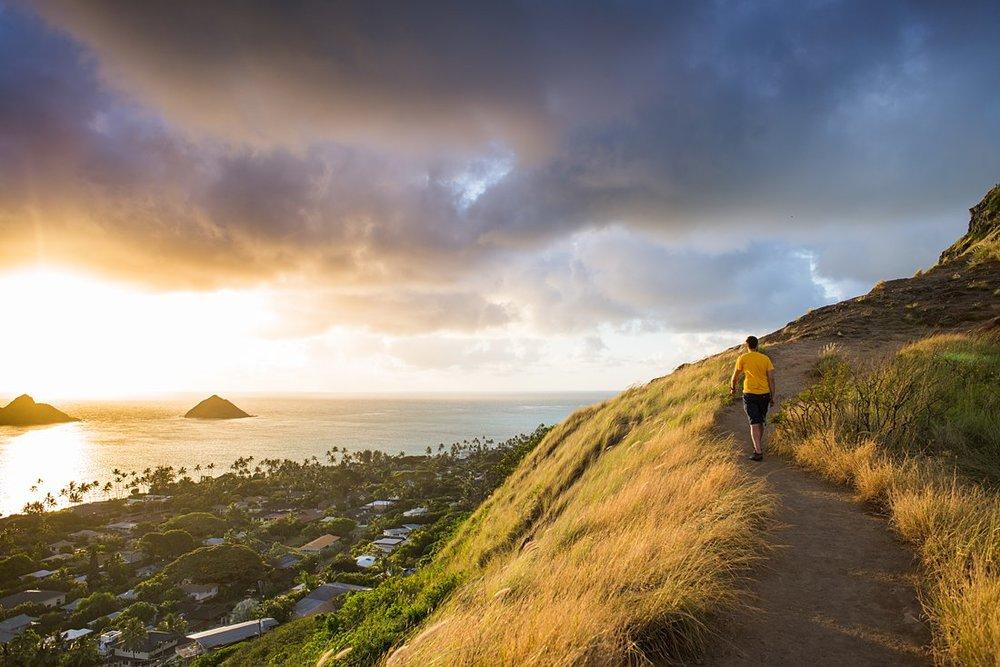 Have an adventurous sunrise elopement in Hawaii on the Lanikai Pillbox hike.