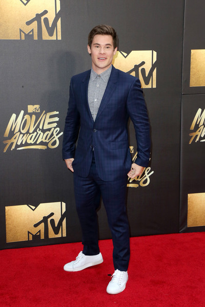 Adam+DeVine+2016+MTV+Movie+Awards+Arrivals+O56NRb0va1Ol.jpg