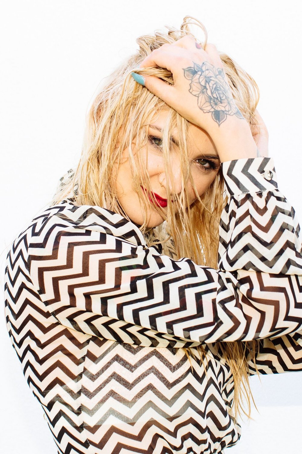 Julia Michaels-8933_preview.jpg