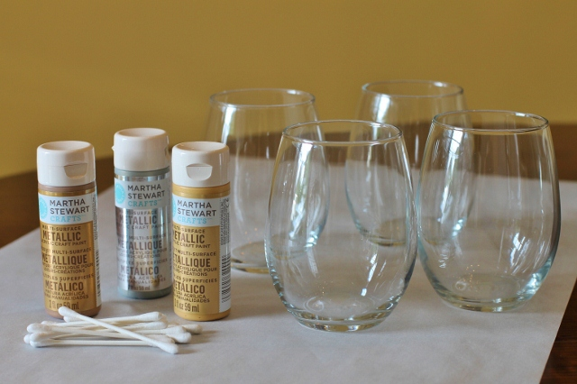 Painted-Wine-Glass-DIY