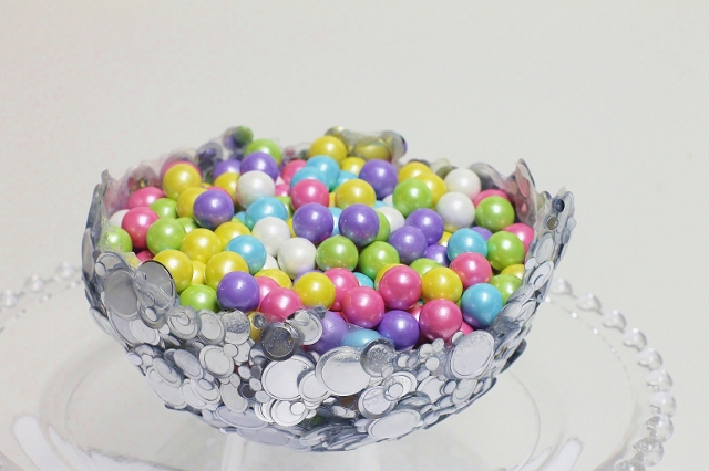 Metallic-Confetti-Bowl
