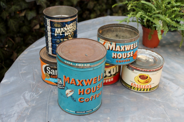 Vintage Coffee Can Planters via Leslie Reese (3)