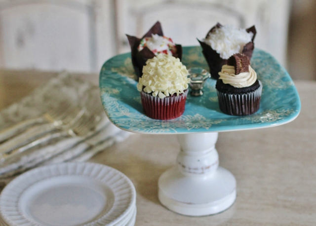 Cupcake-Stand-DIY