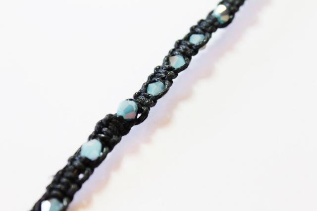 Woven Beaded Bracelet DIY (7)