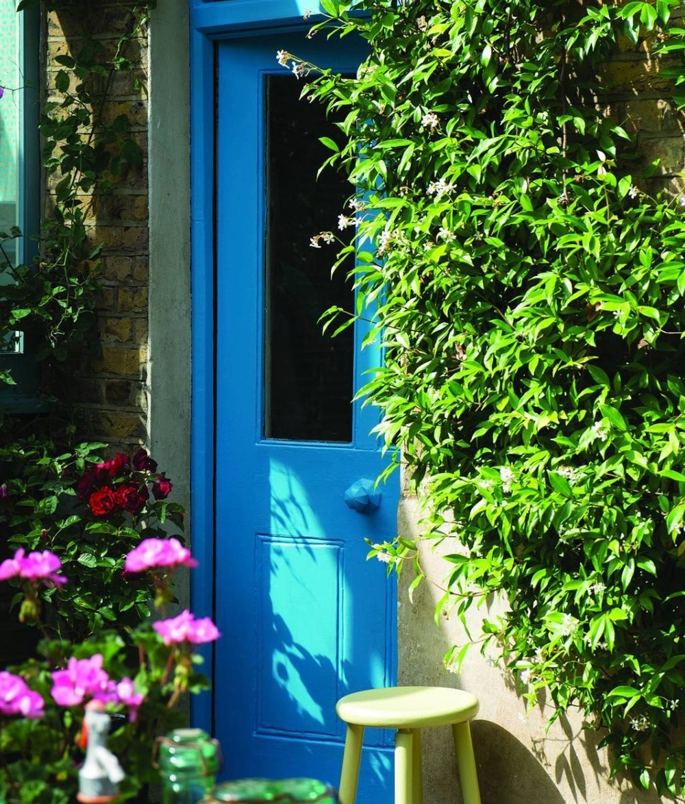 Farrow and Ball ,  St. Giles Blue No. 280