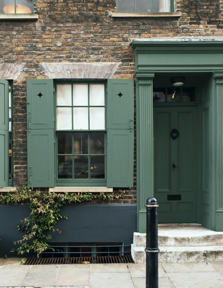Farrow and Ball ,  Green Smoke No. 47