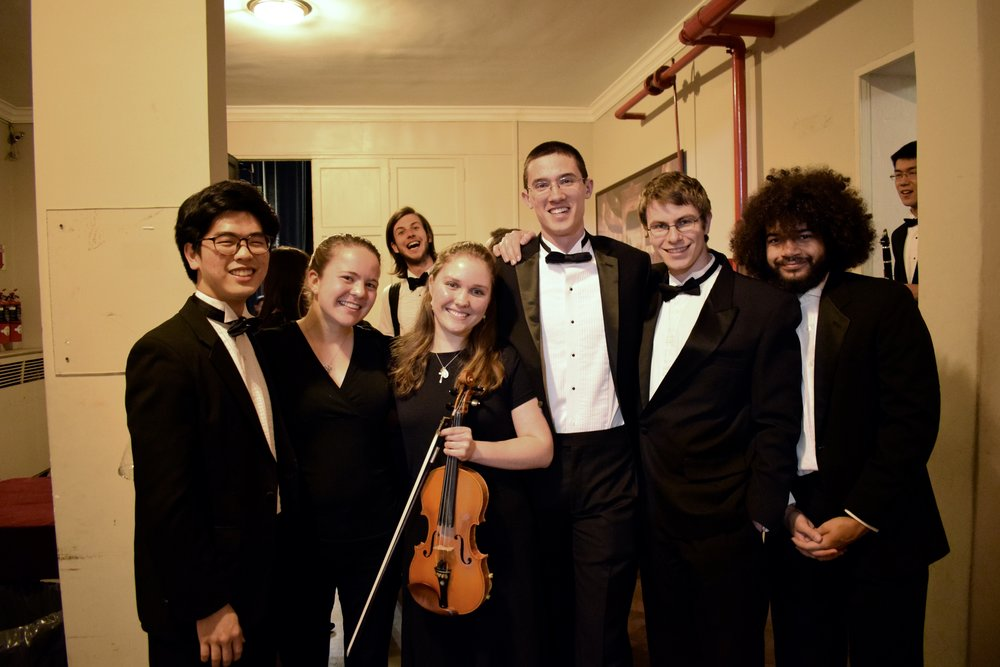 John Lim '20, Mara Roth '19, Claire Criscione '19, Nick Pham '19, Kai Trepka '20, and Matthias Pergams '19 backstage before a concert  Photo by Ellis Yeo '20