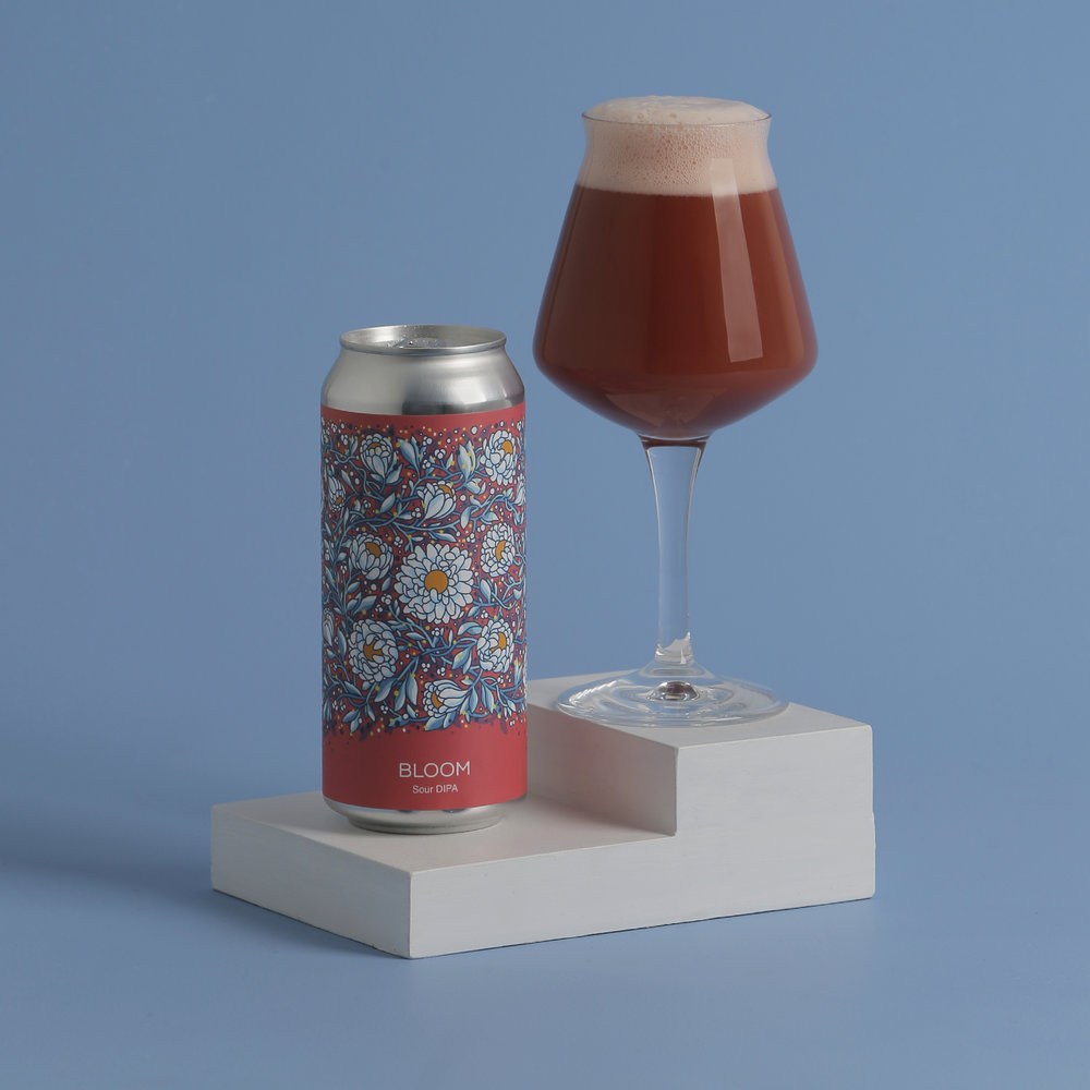 Photo of Bloom in can and in a Teku