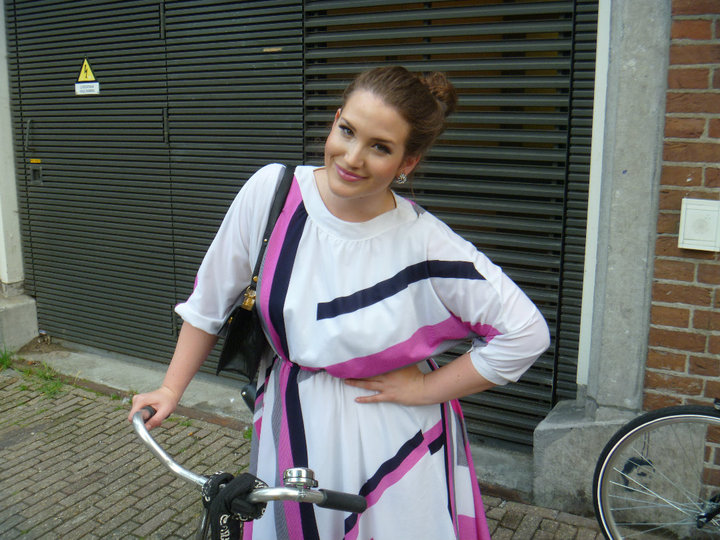 When I moved to Amsterdam, I bought a rickety piece-of-shit bike for 40 Euro. Still looked good on it, though.