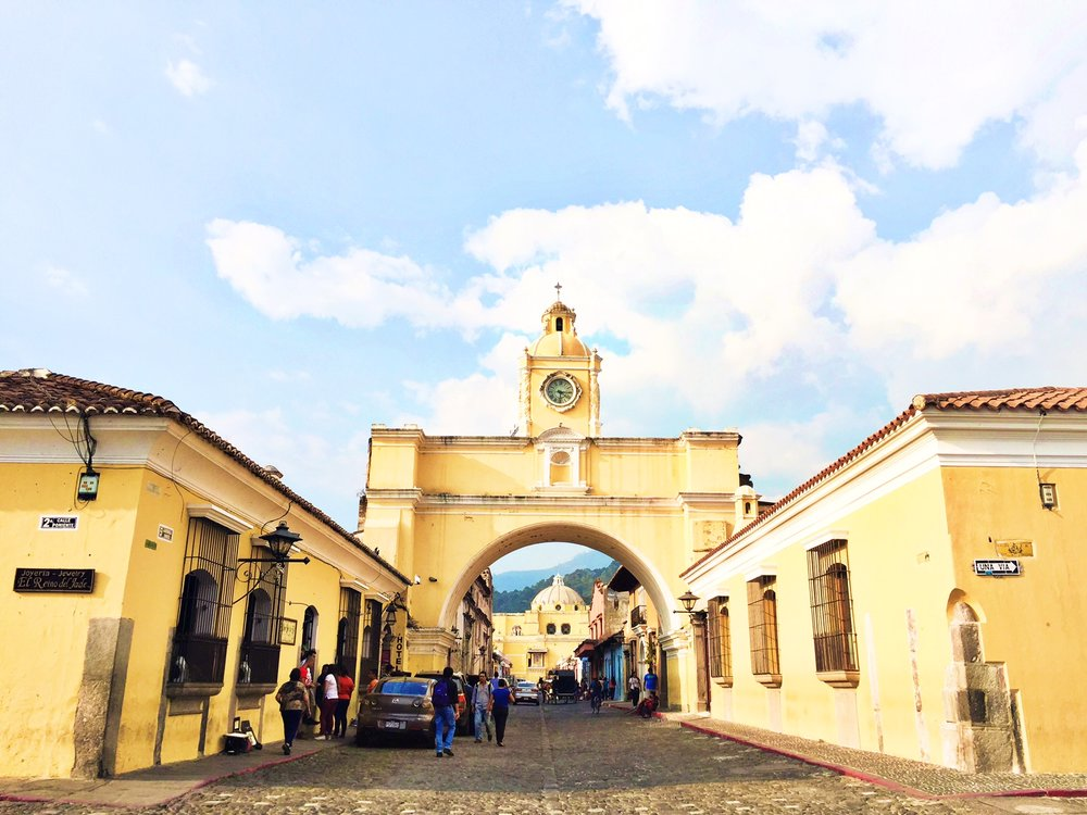 The famous arch in downtown Antigua