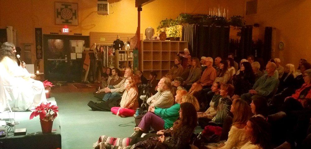 PIc 4 - Satsang in Sedona - Mohanji and the wonderful Sedona audience.jpg