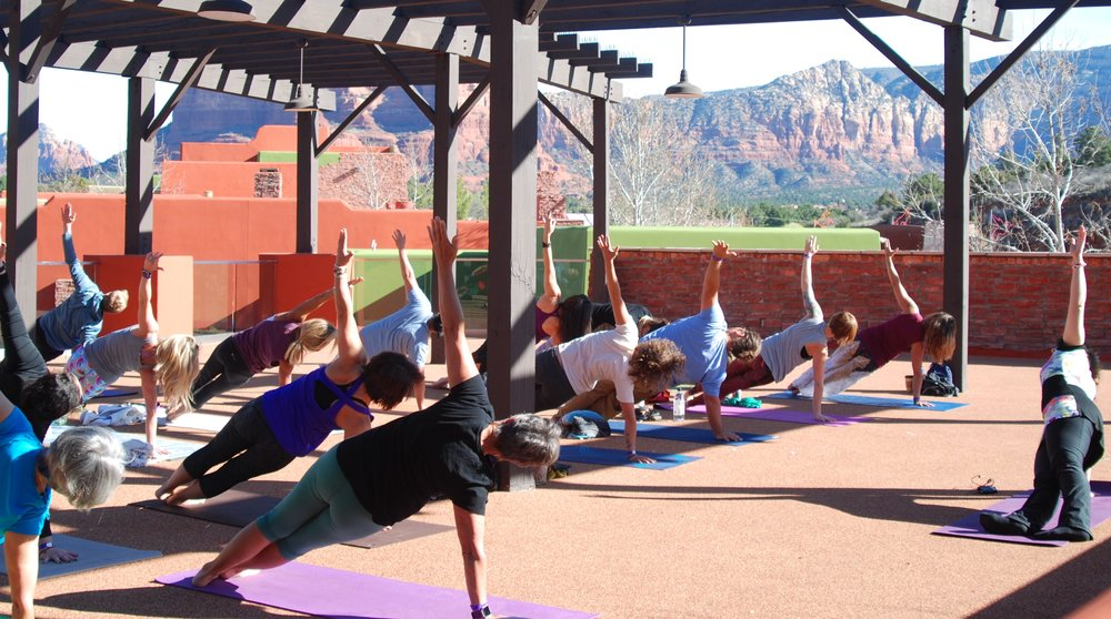 Best group pic for banner - HSTY in Sedona 2017, Vashishtasana (2).jpg