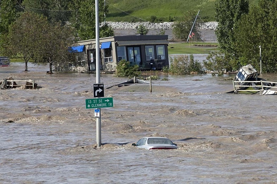 River flooding impacts all Calgarians who live, work, commute or play in the city and along the Bow and Elbow Rivers. (Photo Source: City of Calgary)
