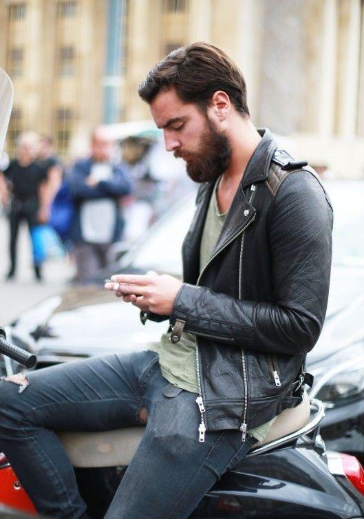 black-leather-biker-jacket-grey-crew-neck-t-shirt-navy-ripped-skinny-jeans-original-5992.jpg