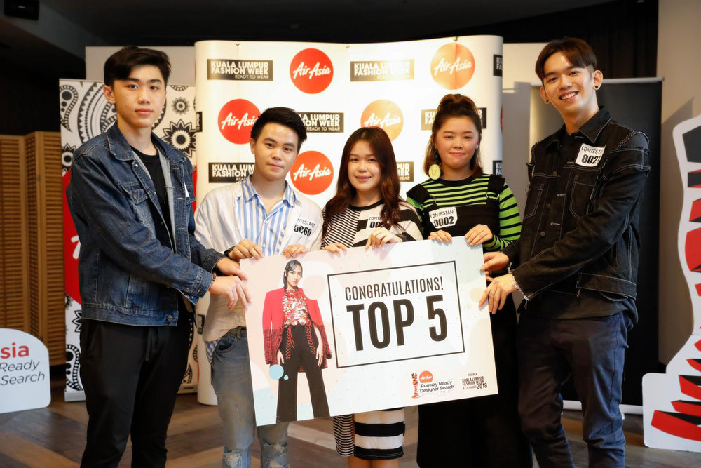 TOP 5 WINNERS FROM LEFT TO RIGHT: Lau Zhong Xun, Kristopher Toon, Daphne Lim Wen Sin, Kelly Lee Kah Shin and Tan Win Shean.