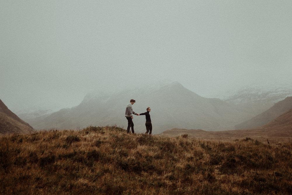 Isle-Of-Skye-Elopement-scotland-wedding-photographer-11.jpg