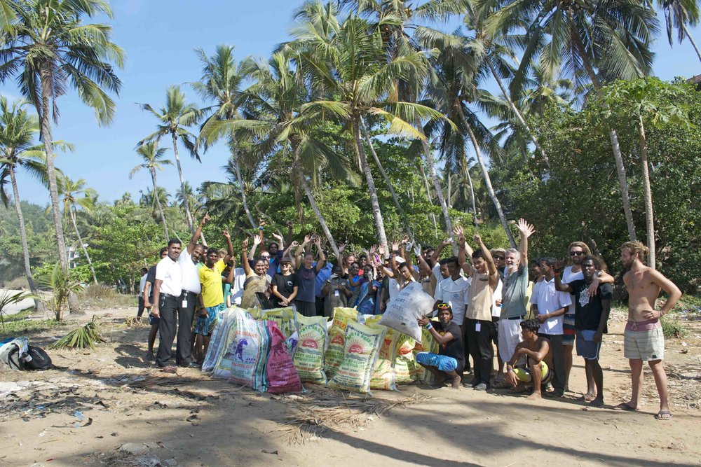 Our beach clean up in Kovalam, with some of our project partners SISP, Bond Dive Safari, Eco Preserve, Leelah Resort and Uday Samudra Resort.