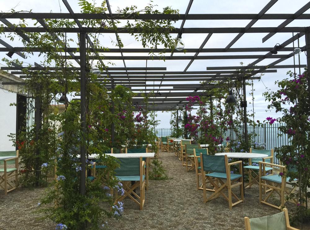 aeland restaurante far terraza pergola metalicajpg - Pergola Metalica