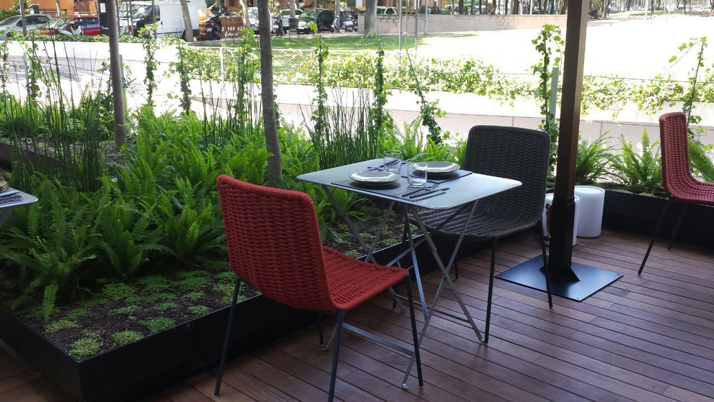 AELAND - restaurante-barcelona-exterior.jpg