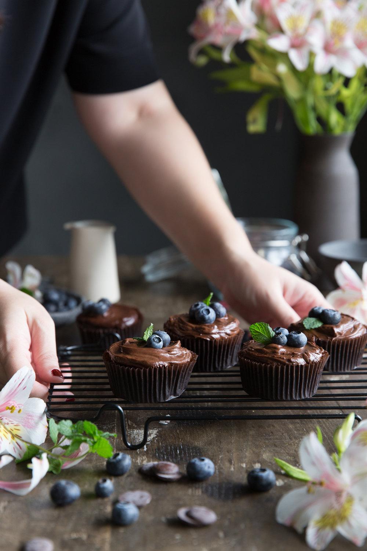 巧克力杯子蛋糕-修圖前