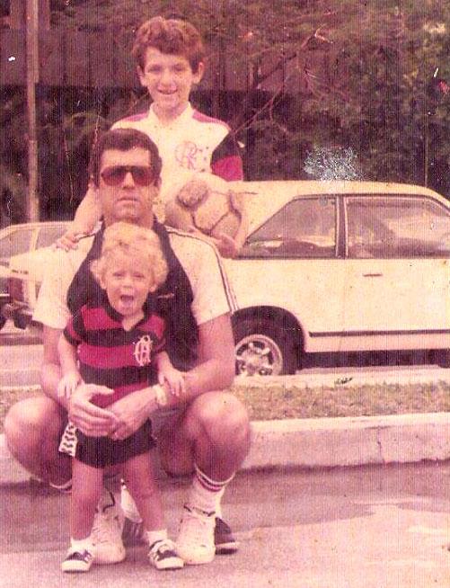Fabio com o pai Claudio e o irmão Daniel