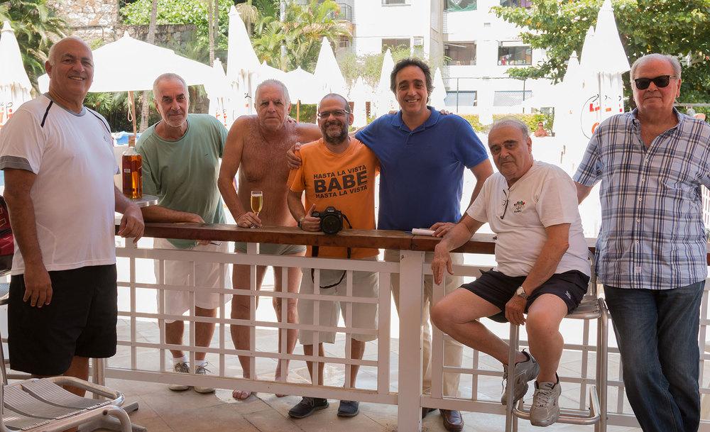 Luisinho, do Embalo do Catete, Fernando Canolongo, Filé, do Ordem e Progresso, Tabach, Pugliese, Leozinho e Pellicano, no Leme Tênis Clube.