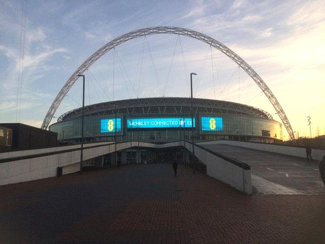 Você sabia? Qualquer peladeiro pode bater uma bolinha do lado de fora de Wembley.