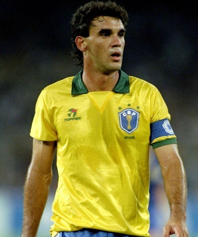 Ricardo Gomes durante uma partida da Seleção