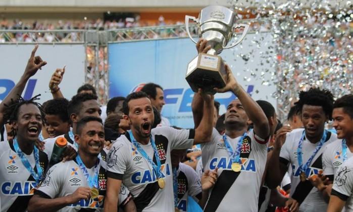 Jogadores comemoram o título da Taça Guanabara (Foto: Reprodução)
