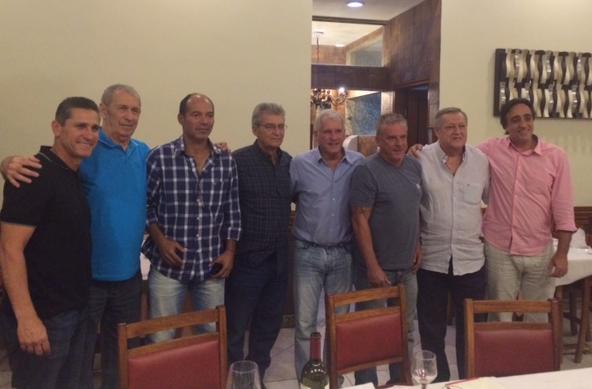 Da esquerda para a direita: Jorginho, José Dias, Demétrio, Jair Pereira, Antônio Mello, Paulinho, Ismael Kurtz e Sergio Pugliese