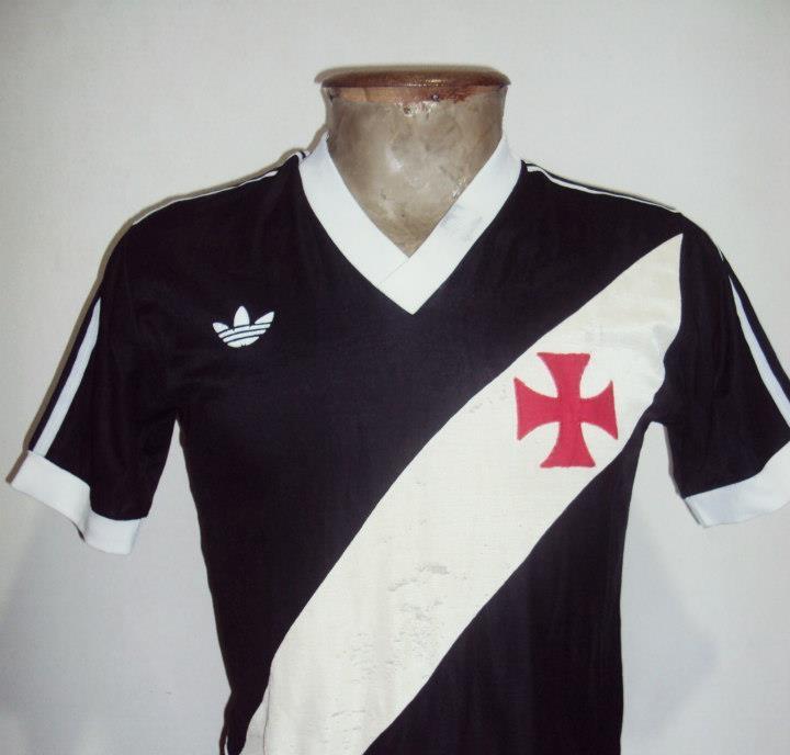 Camisa usada por Romário no juvenil