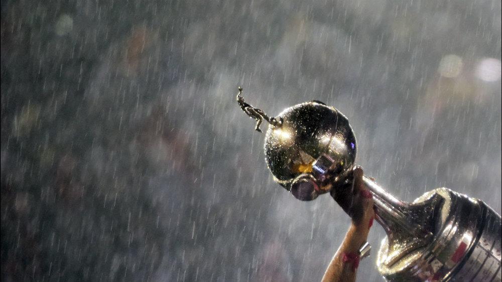 A tão desejada taça da Copa Libertadores