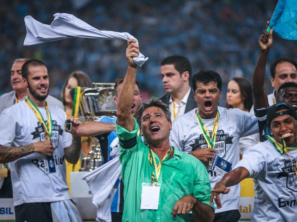 Renato comemora o título da Copa do Brasil