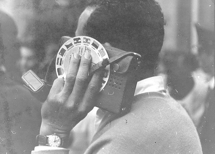 Os rádios de pilha eram amigos inseparáveis dos torcedores