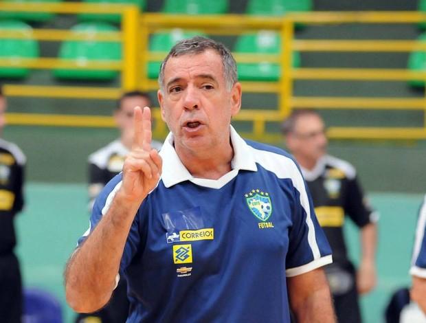 Ney Pereira na seleção brasileira de futsal (Foto: Luciano Bergamaschi/CBFS)