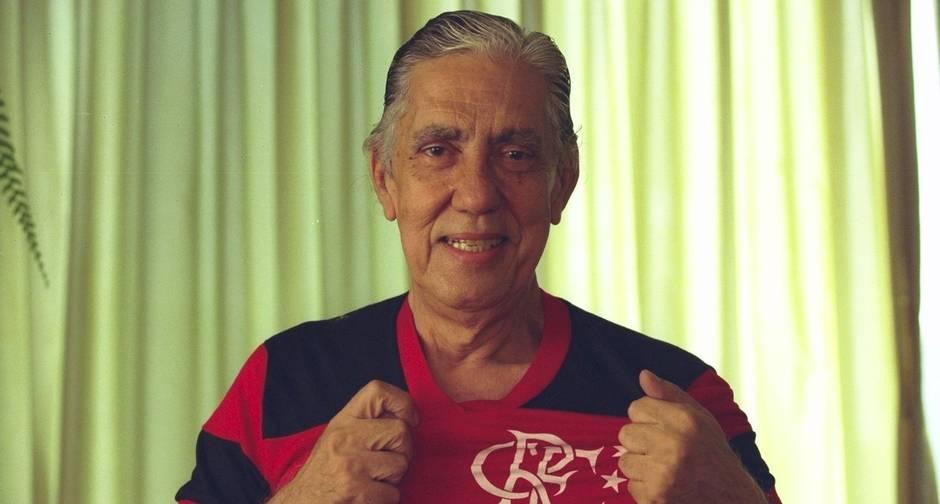 Otelo jamais escondeu sua paixão pelo Flamengo (Foto: Leonardo Aversa)