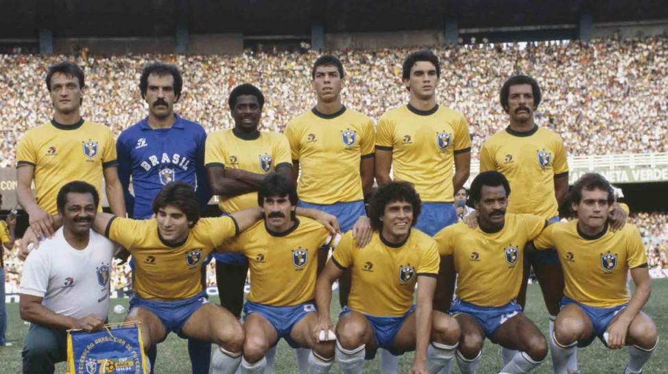 Leandro (fora da foto); Roberto Costa, Pires, Mozer, Ricardo Gomes e Júnior; Renato Gaúcho, Zenon, Roberto Dinamite, Assis e Tato.