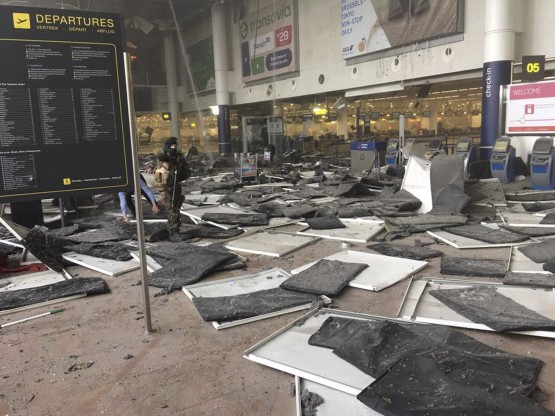 A soldier at Zaventem airport after a blast occurred, in Belgium, March 22, 2016. Photo: REUTERS/Jef Versele