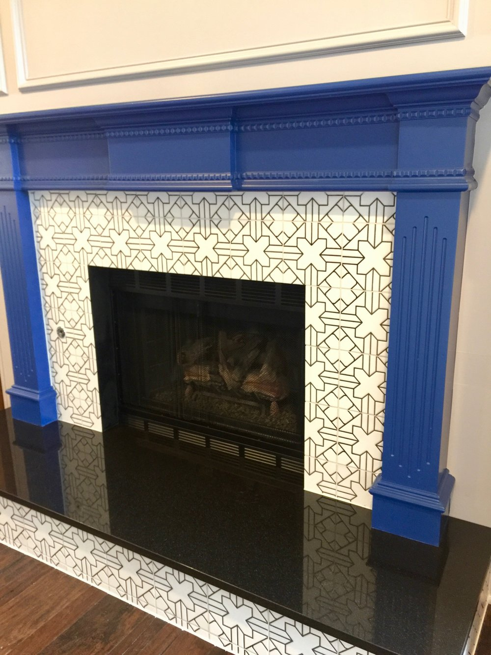 Fireclay Kasbah Trellis - Paired with Black Granite Hearth