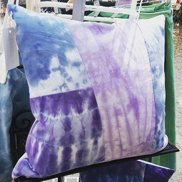 Running low on #patchwork #pillows come get some! @sundaybrunchfarmersmarket  #handdyed #shoplocal #madeinchs #pillow #interiordesign #comfy #organic #sustainablefashion #nowaste