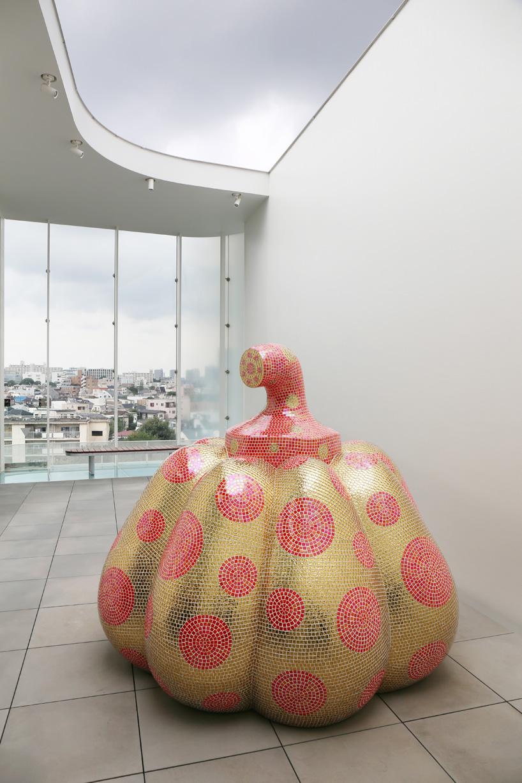 Kusama museum pumpkin view.jpg