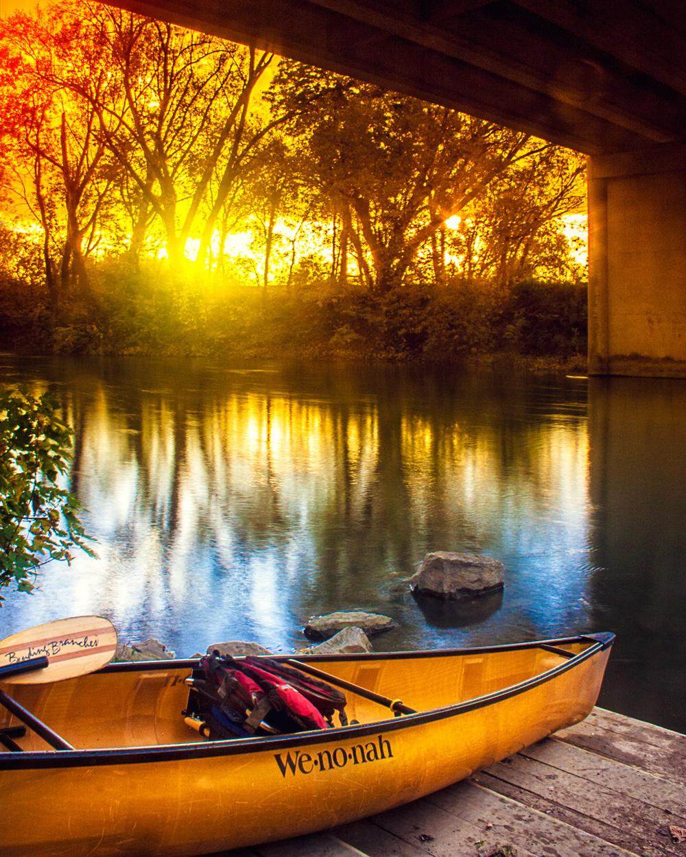 Outdoor Scenic - Canoe
