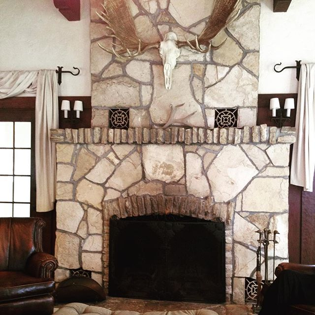 Had a great site today at the beautiful @quailranchevents #weddingvenue . This is the amazing fireplace in the groom's getting ready room!  Imagine how spectacular the rest of the property is....