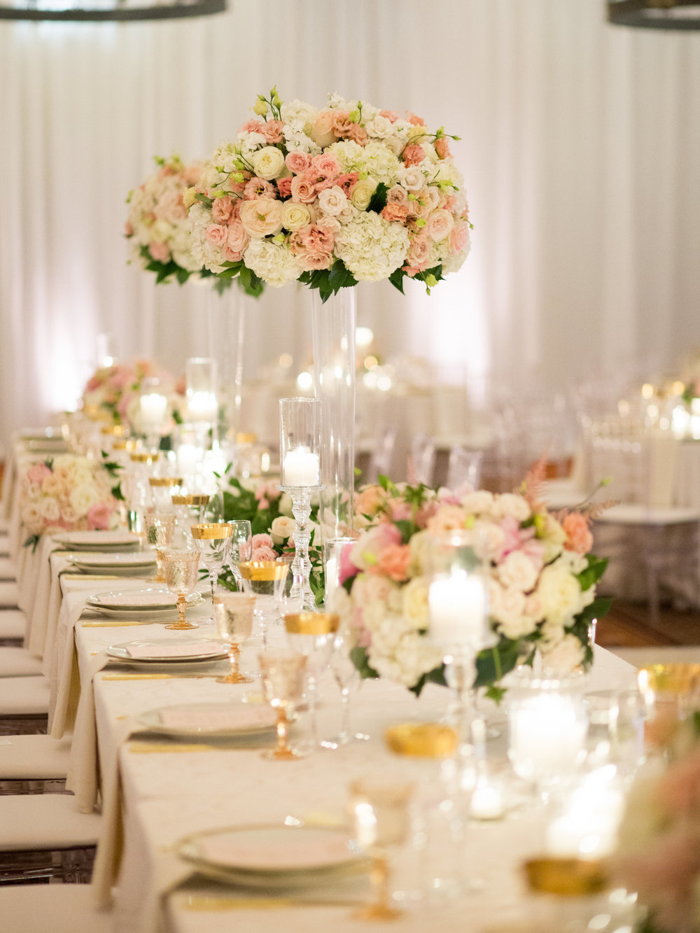 blush and gold Ojai Valley Inn reception table