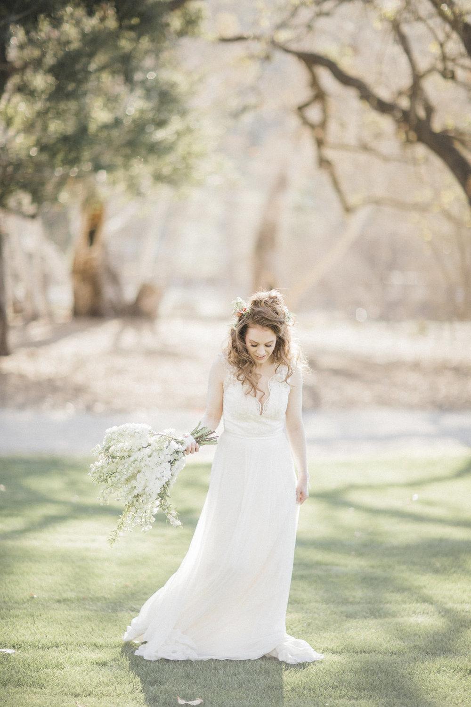 organic ivory bridal bouquet